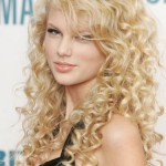 Taylor Swift young
