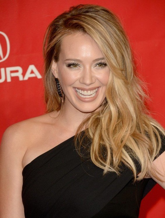 hilary duff teeth