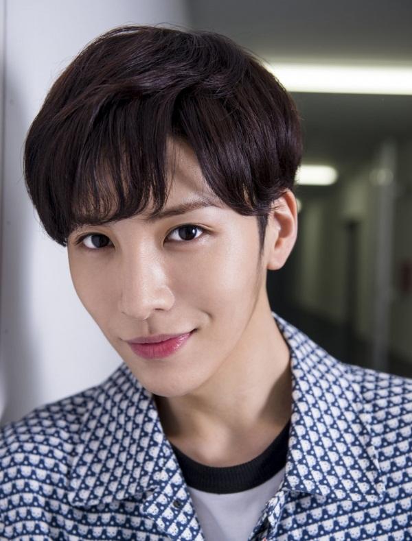 No Min Woo Skin Lighteners
